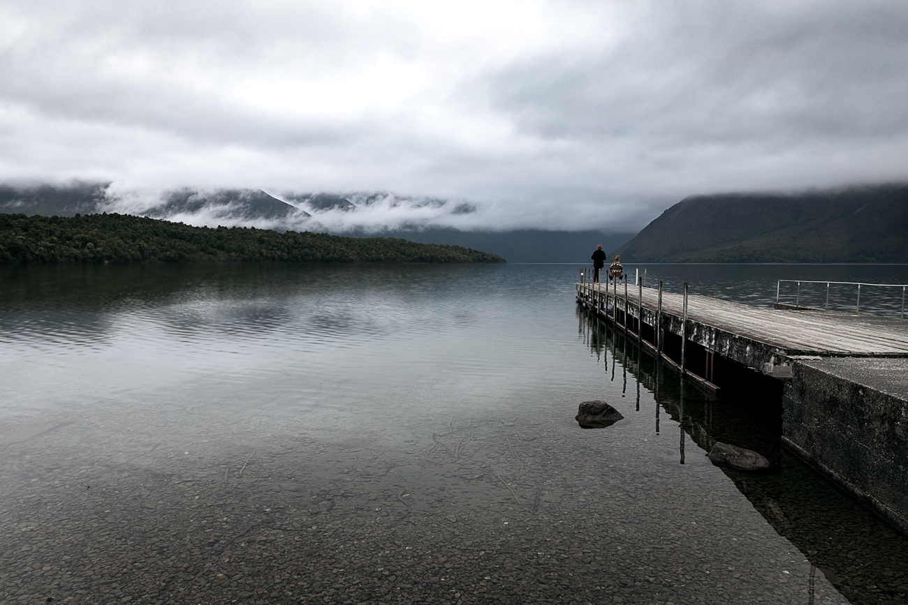 nelson's lake, new zealand | www.curatedlifestudio.com