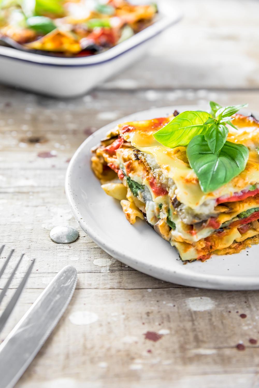 vegan lasagna recipe with cauliflower béchamel   www.curatedlifestudio.com