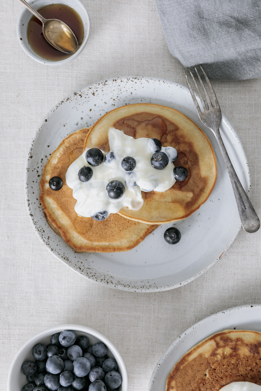 easy pancake recipe, vegan | curatedlifestudio.com