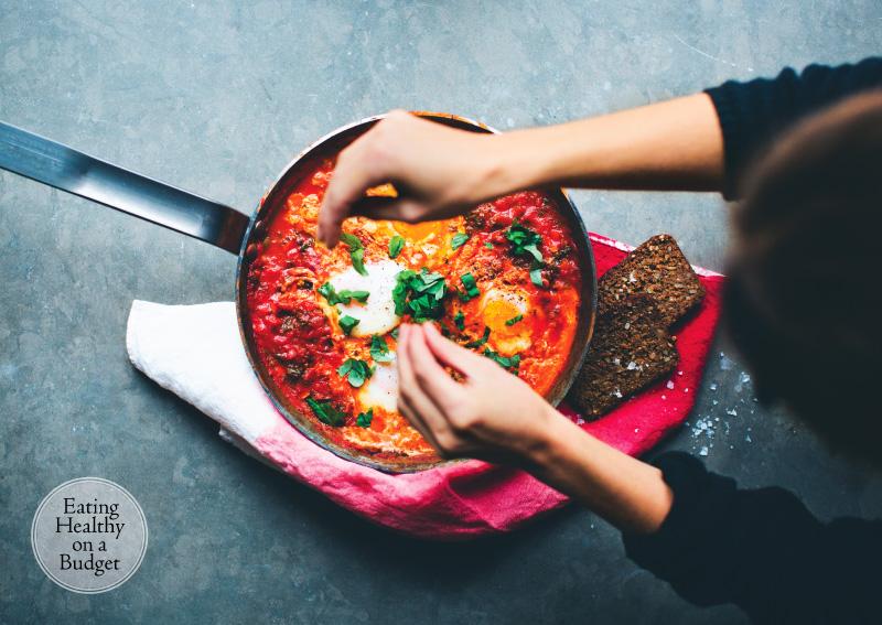 5 Day Weeknight Vegetarian Meal Plan (Gluten Free & Vegan)  Day 5 - Shakshuka (Recipe by Green Kitchen Stories  #meal-plan #vegetarian #gluten-free #vegan