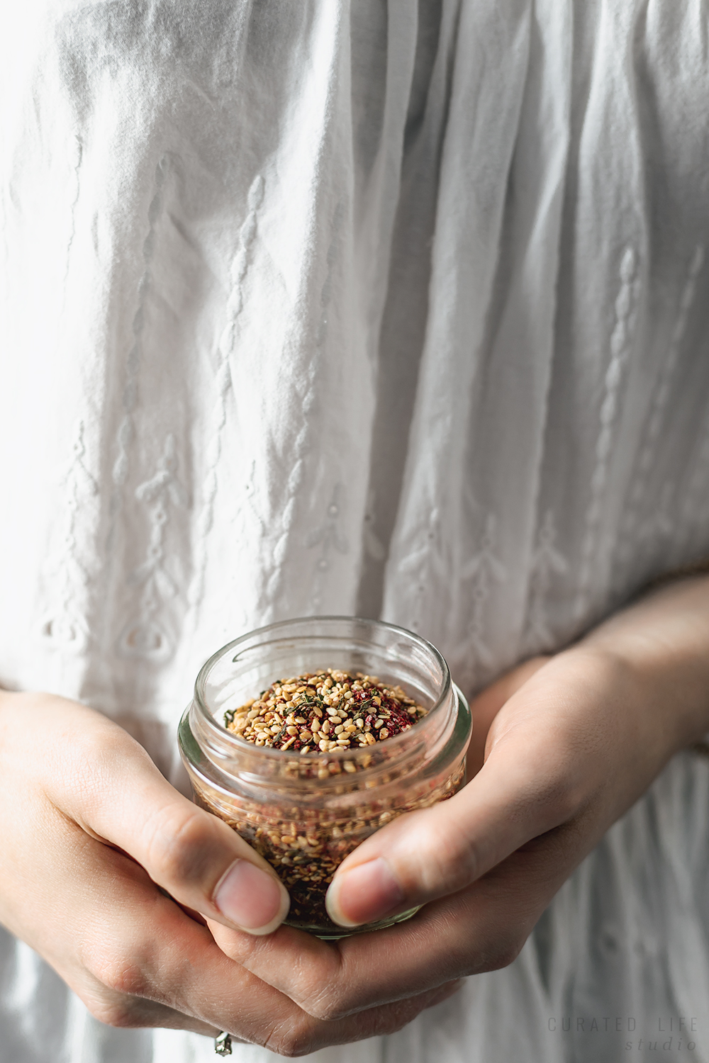 Vegan, gluten free and Low FODMAP, Za'atar is perfect with any meal or used as an accompaniment!   From stove to table in under 5 minutes, the spice blend offers a unique flavour combination of tart astringency, herbal earthiness and citrus characters.   Curated Life Studio   #zaatar #za'atar #middle_eastern_spice #how_to_make #recipe #easy #curatedlifestudio #authentic